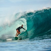 Surfing tour